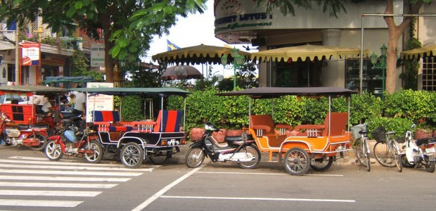 Cambodian-Taxi-Chaos