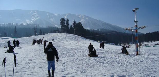 Snowboarding-in-Kashmir